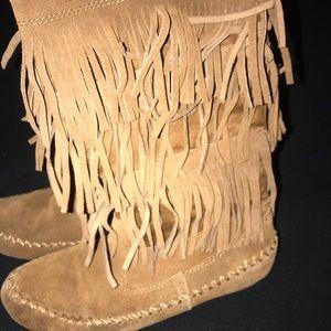 Shoes - fringe boots size 9